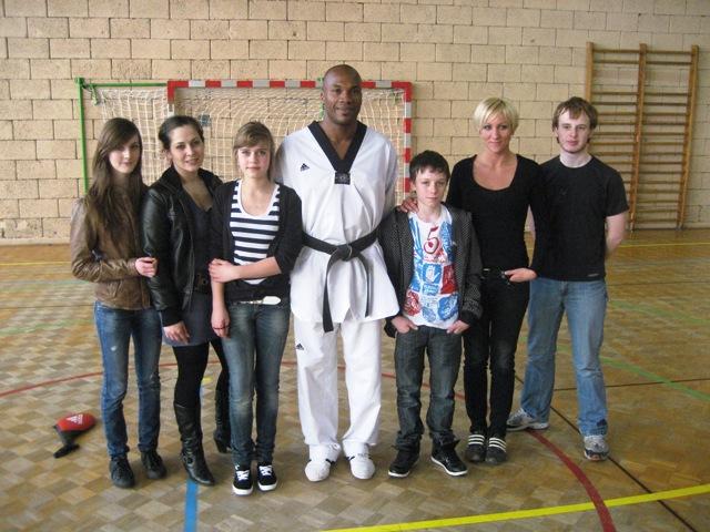 Le club de Taekwondo de Sarreguemines - Lorraine: Stage combat avec Mickael Borot du 20 mars 2011