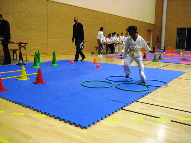 Le club de Taekwondo de Sarreguemines - Lorraine: Le critérium Saint Nicolas du samedi 3 décembre 2011
