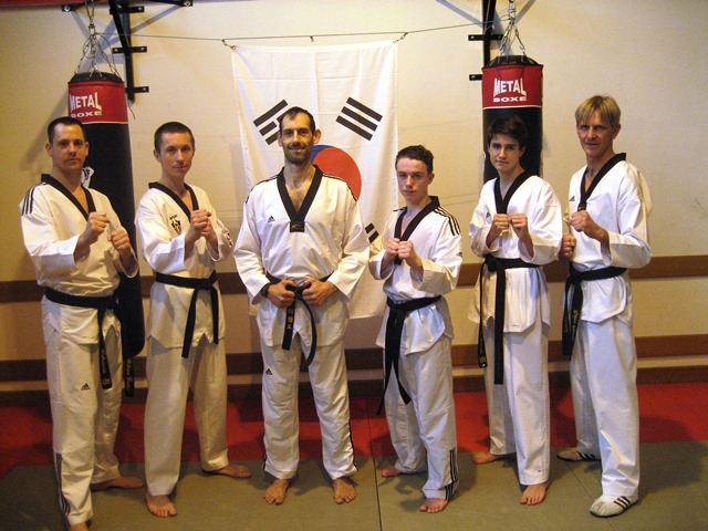 Le club de Taekwondo de Sarreguemines - Lorraine: Les ceintures noires du club