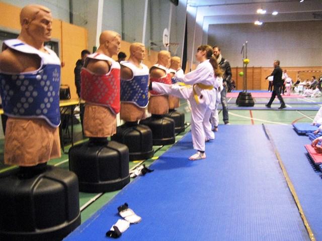 Le club de Taekwondo de Sarreguemines - Lorraine: Tournoi Kids de Moselle